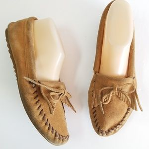Minnetonka moccasin suede  leather size Womans 9